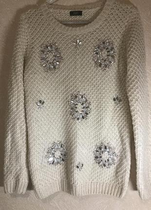Тёплый шерстяной свитер с камнями f&f
