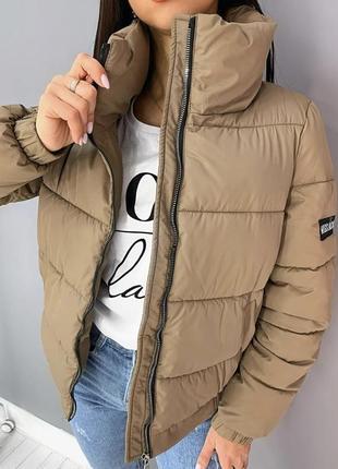 Топовая женская курточка ове