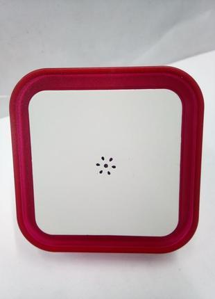 Світильник-нічник світлодіодний з датчиком освітленості в розетку для дитячої  1090