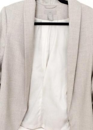 Натуральный базовый бежевый пиджак h&m с рукавом 3/4