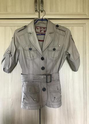 Новая легкая курточка пиджак цвета капучино rocha 8-10pp