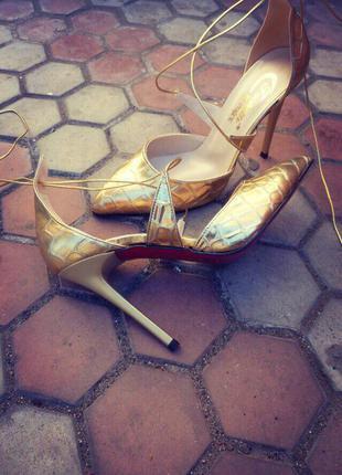 Босоножки/женские золотые босоножки/средний каблук/золотые босоножки лодочки