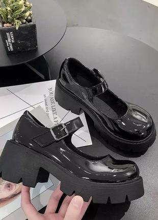 """Винтажные туфли в стиле """"лолита"""""""