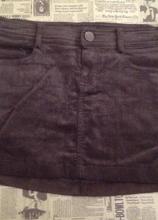 Мини юбка mango из стрйчевого вельвета. идеальная для теплой осени.