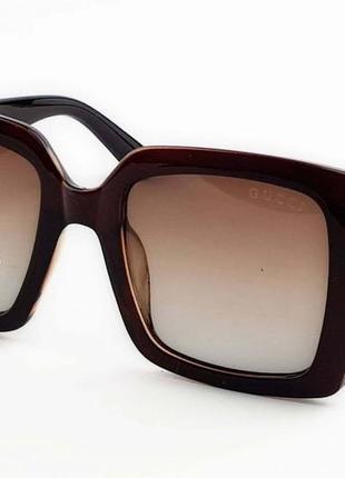 Очки солнцезащитные коричневые квадратные