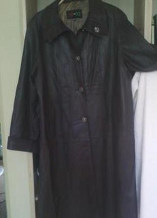 Кожанное пальто для больших женщин