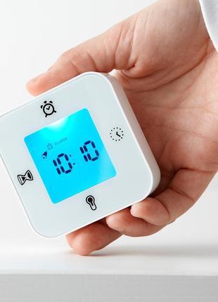 Годинник/термометр/будильник/таймер