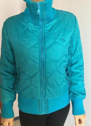 Куртка итальянский брэнд . diadora