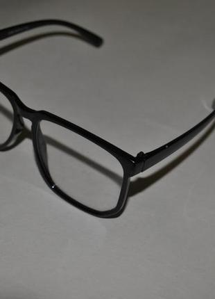 Модні прозорі окуляри1  Модні прозорі окуляри2 ... 8fcbb2cef01d3