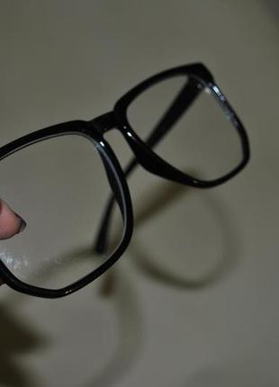 Модні прозорі окуляри1  Модні прозорі окуляри2  Модні прозорі окуляри3 ... 165a7fa48278c