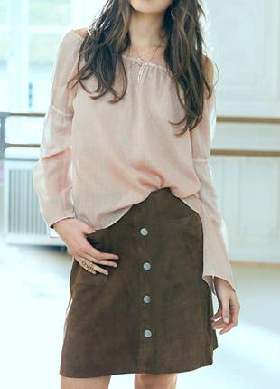 Натуральная замшевая юбка , с болтами и накладными карманами  , высокая посадка