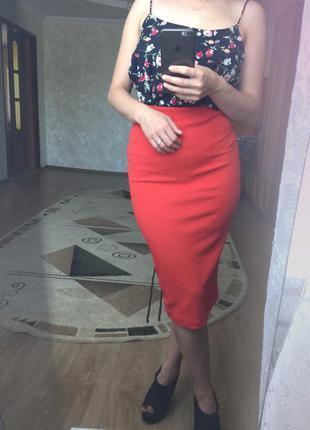 Шикарная красная юбка карандаш