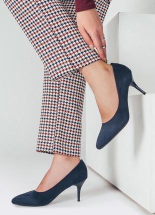 Элегантные удобные замшевые туфли темно синие 36, 38