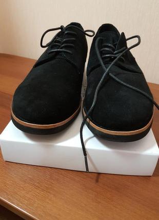 Супер стильные,брендовые туфли замшевые kalvin klein