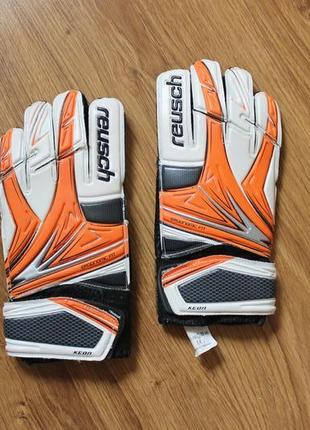Вратарские футбольные перчатки на подростка reusch serathor keon размер 7