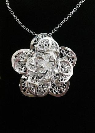 Нежная подвеска цветок с цепочкой.стерлинговое серебро 925 проба