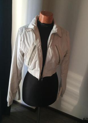 Короткая куртка