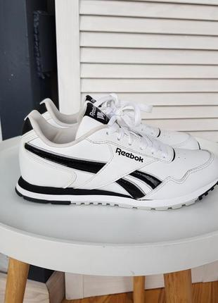 Кроссовки reebok royal classic joggers lace up white junior trainers