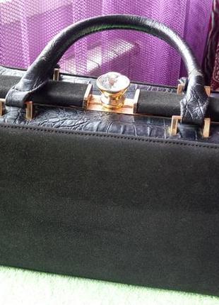 Чёрная сумка саквояж. замшевая с кожаными вставками