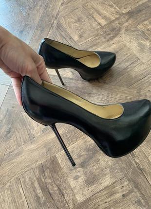 Кожаные туфли на скрытой платформе и металлической шпильке, размер 37/38, кожа италия