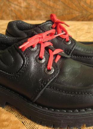 Кожаные туфли для модников и модниц.hush puppies