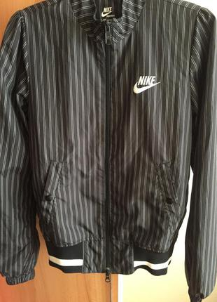 Ветровка (спортивная куртка) nike оригинал