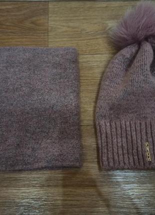 Осенний комплект шапка и шарф снуд.