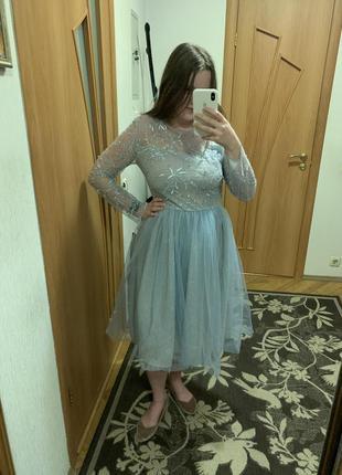 Сказочное голубое платье