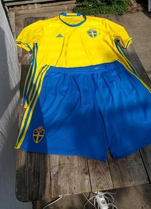 Спортивный костюм adidas climalite