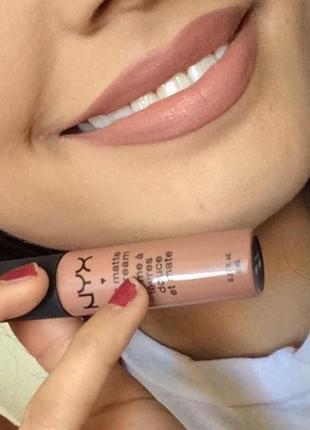 Матовая помада nyx soft matte lip cream цвет london