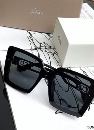 Очки  с солнцезащитные  черной оправой внутри камни4 фото