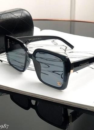 Очки , люкс качество квадратной формы
