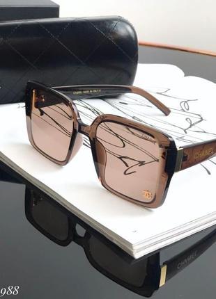 Очки , люкс качество квадратной формы с коричневой оправой