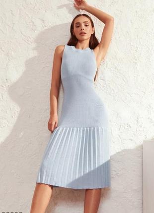 Облегающее трикотажное платье с акцентом на юбке🌸