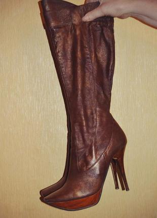 Осенние кожаные сапоги на шпильке,цвет бронза ,бренд romana ricci