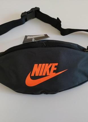 Бананка nike heritage hip pack