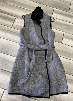 Жилетка пальто