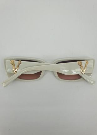 Белые модные очки