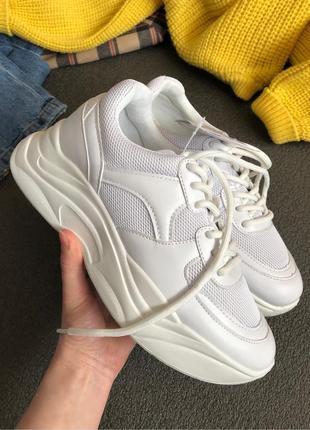 Новые крутые объемные кроссовки sinsay