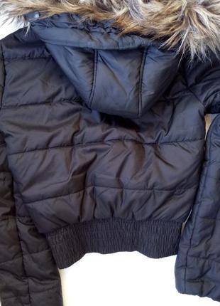 Теплая куртка с капюшоном и  со съемным мехом - s-m