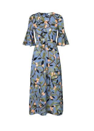 Шикарное платье stine goya