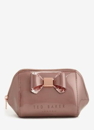 Милейшая дизайнерская лаковая косметичка ted baker.новая