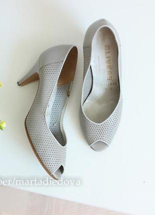 Кожаные перфорированные туфли лодочки с открытым пальчиком, бренд olivers italy