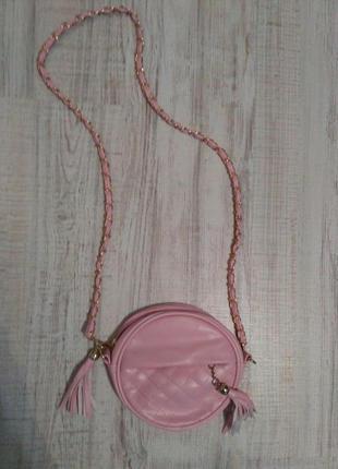 Красивая сумочка через плечо  на длинной плетеной ручке2 фото
