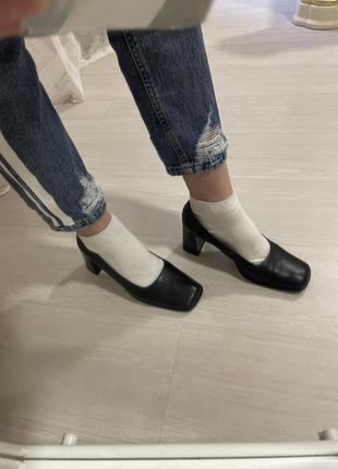 Туфли кожаные весенние чёрные