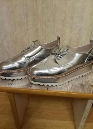 Демисезонные туфли zara
