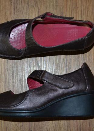 Р. 38 - 24,5 см. clarks туфли на танкетке фирменные оригинал