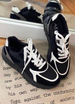 Кроссовки черное белое