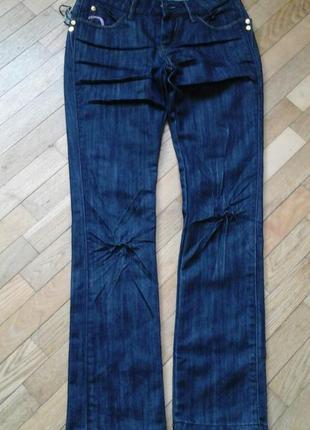 Джинсы фирмы cars jeans