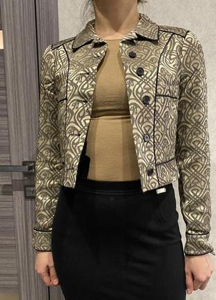 Укороченый пиджак